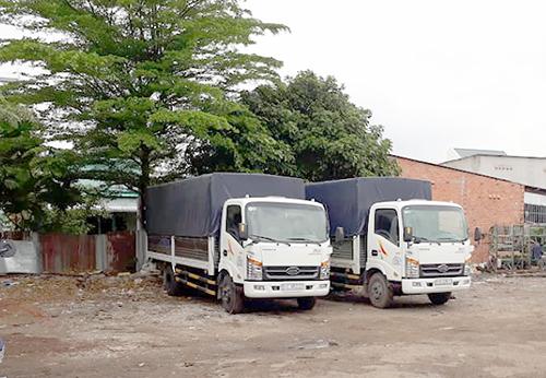 cho thuê xe tải chở hàng tại Hóc Môn